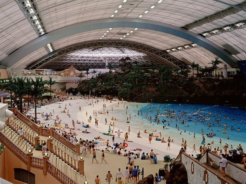 la playa artificial m�s grande del mundo