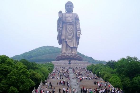 El Buda del Templo de Primavera, la estatua m�s grande del mundo Playas del mundo