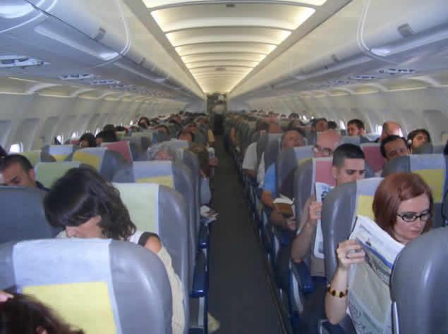 Consejos para resistir un vuelo largo y agotador