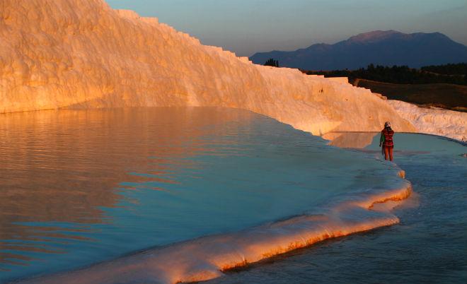 Pamukkale: Una piscina infinita en plena naturaleza